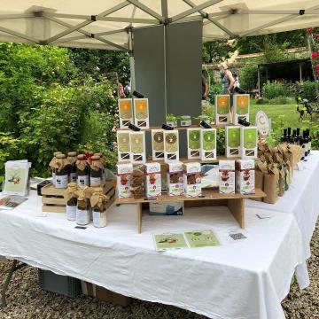 Un magnifique Jardin ouvre ses portes ce week end, un passionné !!! A Crugny 😍